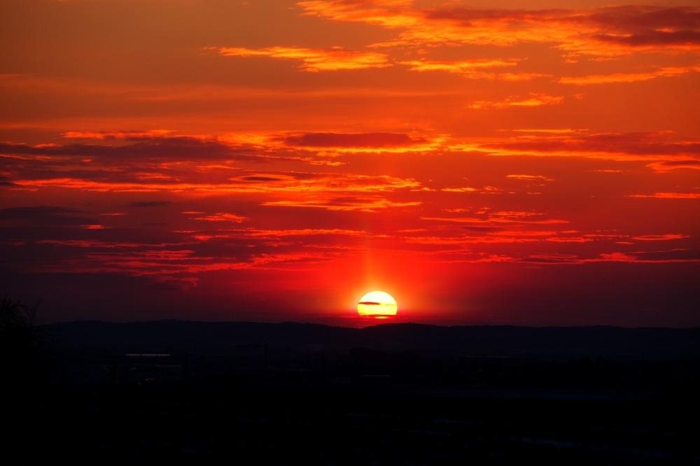 sunset-3176688_1920